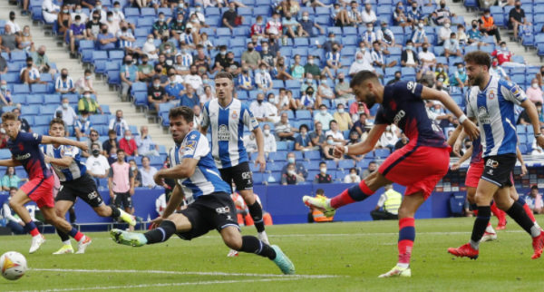 Madrid cheated, shot in injury time 90+9, defeated 'Espanyol' 2-1